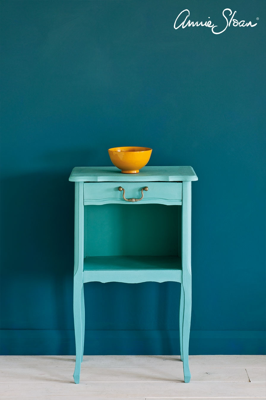 Skrivebord   Turquoise furniture, Home studio desk, French