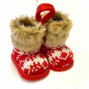PÅ SALG! Fluffy Red Boots Christmas Decoration – Gisela Graham