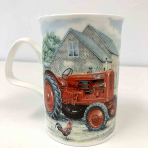 Fine Bone China – Tractor Lancaster Countryside Red / light blue Mug – Roy Kirkham
