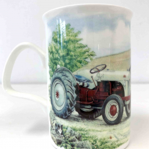 Fine Bone China – Tractor Lancaster Countryside silver / red Mug – Roy Kirkham