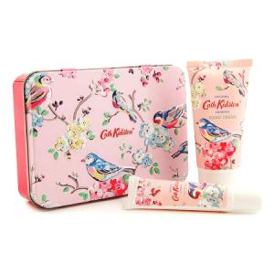 Cath Kidston, London – Blossom Birds Hand & Lip Balm Tin